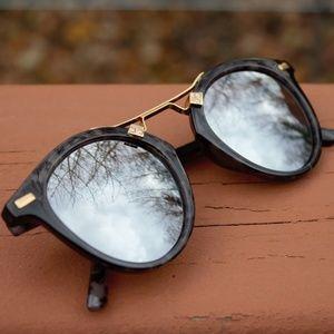 Accessories - *5for25* Classy Glasses w/ Gold Bridge